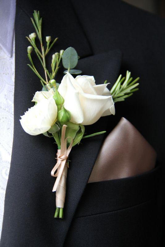 Vendella Rose Boutonnieres