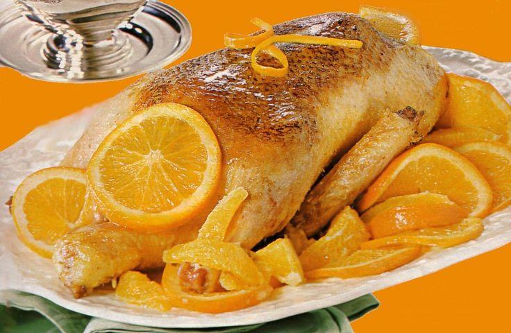 L'anatra all'arancia è un secondo piatto tipico della Toscana dal sapore intenso e particolare, adatto a cene raffinate ed eleganti
