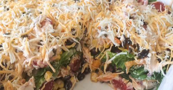 Try out this awesome Ranch Chicken Lasagna!  This recipe is both lasagna AND salad!  How can you fin ...