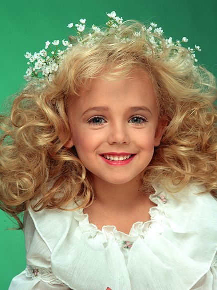 JonBenét Ramsey Murder: Private Investigator Calls for Second Look at 19-Year-Old Case http://www.people.com/people/article/0,,21004905,00.html