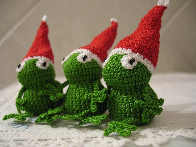 Christmas frogs -