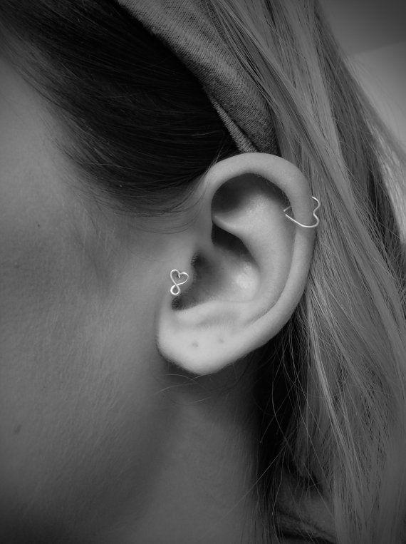 Infinito cuore orecchino Tragus, naso Stud, Stud di cartilagine, Tragus Piercing, cartilagine, minimalista orecchino Piercing, Nero Venerdì vendita