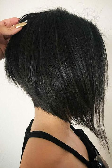 Inverted Bob Hairstyles for Fine Hair That Make You Look Younger – Page 25 of 28 – HAIRSTYLE ZONE X #shorthairstyles