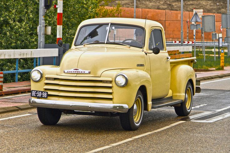 25  best ideas about pick up chevrolet on pinterest