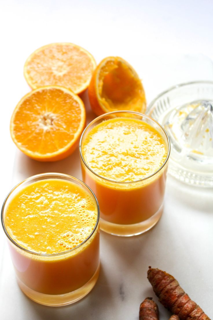 An orange, ginger, and turmeric juice to keep you healthy!