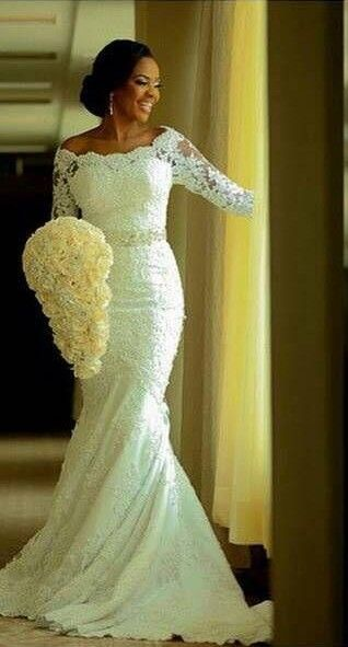 2016 Lace Mermaid Wedding Dresses Half Long Sleeves Off the Shoulder Beaded Elegant Bridal Gowns