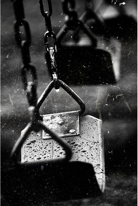 Swing rain black n white