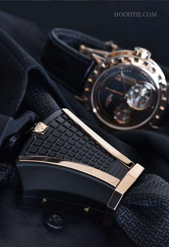 """A new necktie jewel for stylish men who want to stand out from the crowd. A talking piece that will give you an elegant and unique presence! -- Un nuovo gioiello per cravatta destinato agli uomini di stile che vogliono distinguersi... Un """"Talking piece"""" che vi darà una presenza elegante ed unica! #menfashion#watches#modauomini#cravatta#tie#luxury#menswear#gifts #luxurywatches #design #suit"""
