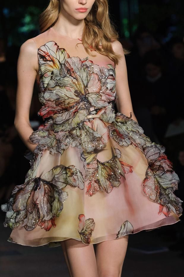 details @ Elie Saab Spring 2015 Couture