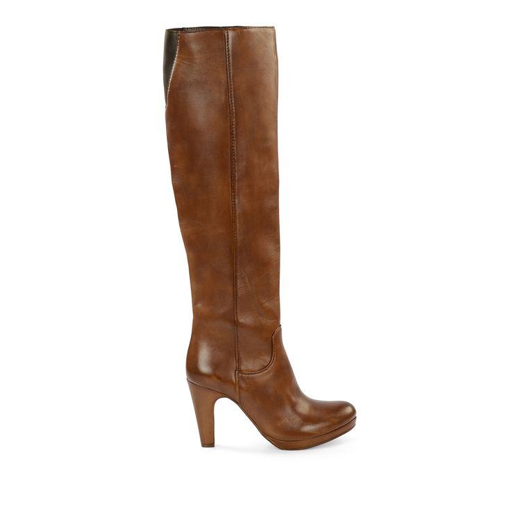 Bruine knielaarzen met naaldhak #overknee laarzen #laarzen #heels