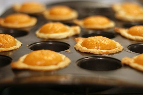 Pumpkin Pie Bites - got the perfect pan for these babies.