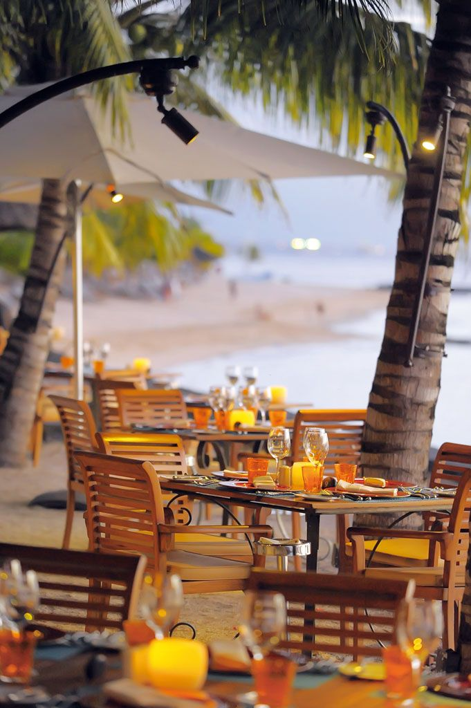 Le Victoria Hotel in Mauritius offers a great all inclusive package with a choice of superb restaurants.