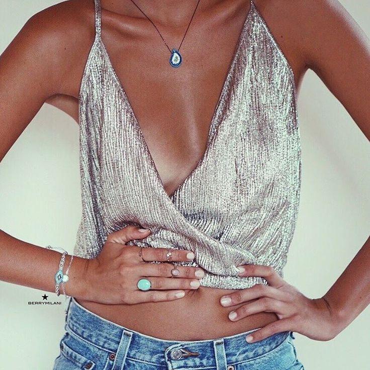 "3,035 Me gusta, 22 comentarios - Ines Klara Fashion (@inesklarafashion) en Instagram: ""Jewelry by @berrymilani  . www.berrymilani.com"""