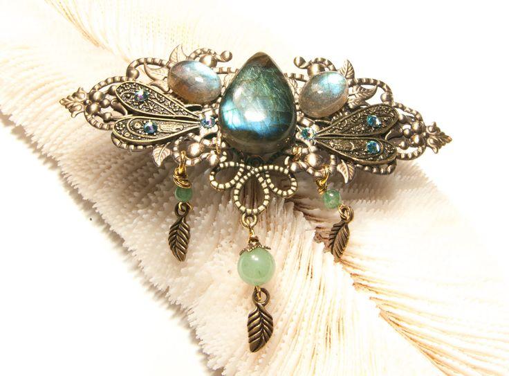 Barrette féerique métal bronze, labradorite bleu vert, aile de libellule, aventurine, feuilles, cristal de Swarosvki