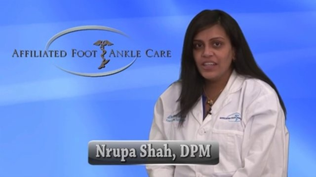 Foot Warts - Podiatrist in Edison, Monroe, South Plainfield NJ - Nrupa Shah, DPM  Plantar Wart       Dr Nrupa Shah of Affiliated Foot and Ankle Care discusses the symptoms, causes and treatments for Foot Wart (Plantar Warts).               Visit our website: http://www.footandanklenj.com