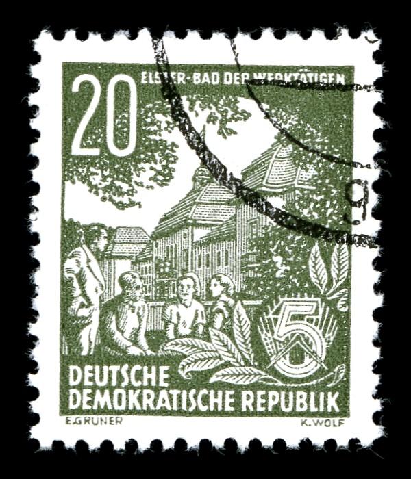 DDR-Briefmarke, Fuenfjahrplan, Werktätige vor Kurhaus Bad Elster
