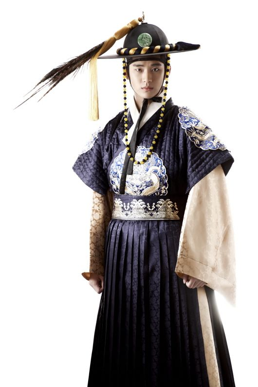 Alien Kim Soo Hyun is my favorite, but I'm a sucker for Joseon versions of my oppas lol
