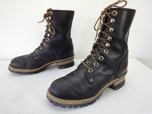 my new georgia logger boots! now i just need a lumberjack to match them.  (thank you, ebay.)