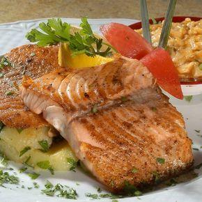 Egy finom Lazac gombás mártással ebédre vagy vacsorára? Lazac gombás mártással Receptek a Mindmegette.hu Recept gyűjteményében!