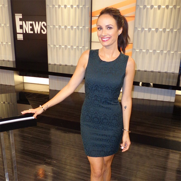 Here 39 s how jim carrey absolutely destroyed fashion week for Catt sadler tattoo