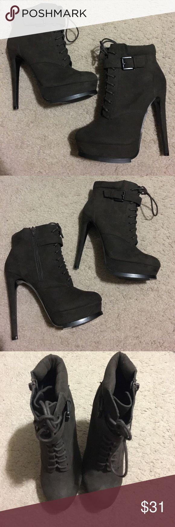 Steve Madden Zapatillas de moda Fasto para hombre de Steve Madden, tela negra, 8 tama?os de conversi¨®n de EE. UU. / EE. UU. EE. UU.