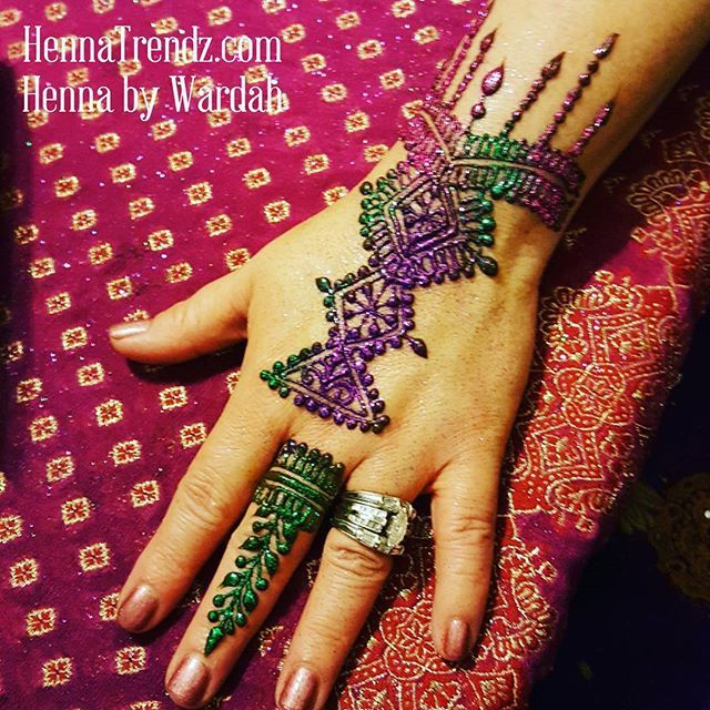 15 best projects to try images on pinterest henna for Tattoo la jolla
