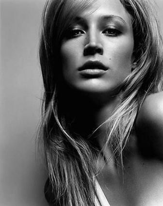 17 best images about taurus women on pinterest models - Eva zimmermann ...