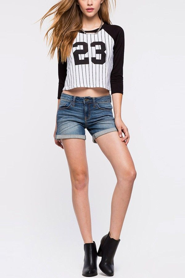 Black White Two Tone Stripes 23 Print Crop Top @ Sexy Crop Tops,Cropped Tops,Cheap Crop Tops,Long Sleeve Crop Tops,Cute Crop Tops,Bustier Crop Tops,White Crop Tops,Striped Crop Top,Off the Shoulder Crop Tops,Black Crop Top