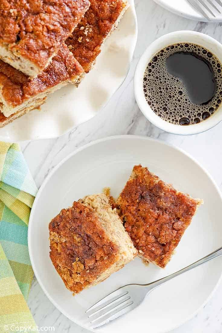 Easy Rhubarb Coffee Cake Copykat Recipes Recipe In 2020 Rhubarb Coffee Cakes Copykat Recipes Buttermilk Recipes