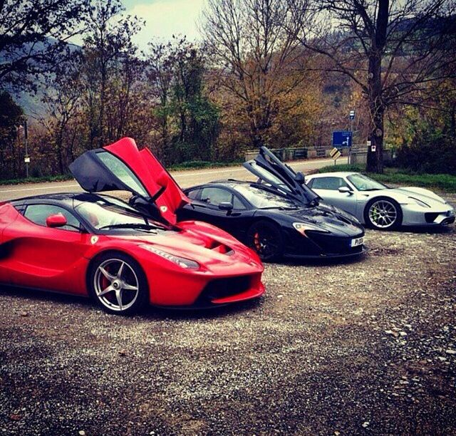 New Generation Of Hybrid Hypercars Ferrari Laferrari Mclaren