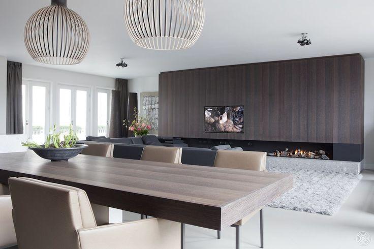 null. Interieurarchitect Remy Meijers, onder ander bekend van RTL Woonmagazine, verzorgde het ontwerp en realisatie van de renovatie van dit prachtige penthouse in hartje Amsterdam.
