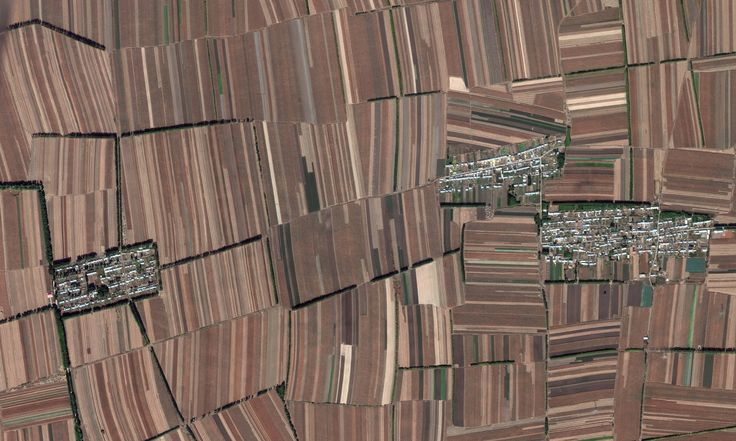 Rectangular fields No room for nature, the entire landscape is devoted to crop production in China