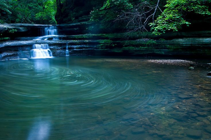 Giants Bathtub at Matthiessen State Park, Utica, Illinois