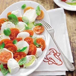 Recept - Salade van mozzarella en tomaat uit Campanie - Allerhande