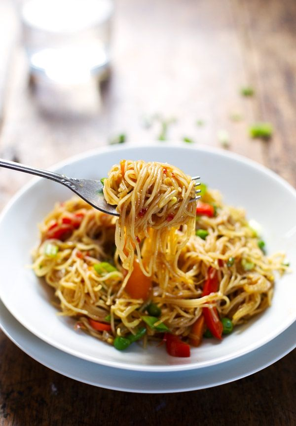 Stir Fried Singapore Noodles with Garlic Ginger Sauce by Pinch of Yum
