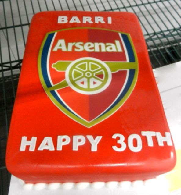 team themed birthday cake more cup cakes boys cakes arsenal cakes cake ...