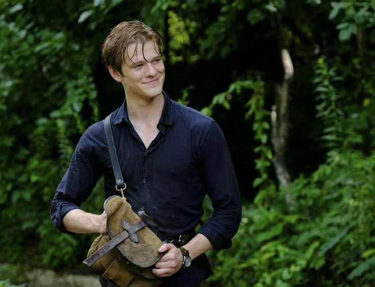 Lucas Till as Angus Macgyver in a promo photo for Macgyver 2x01 DIY or Die