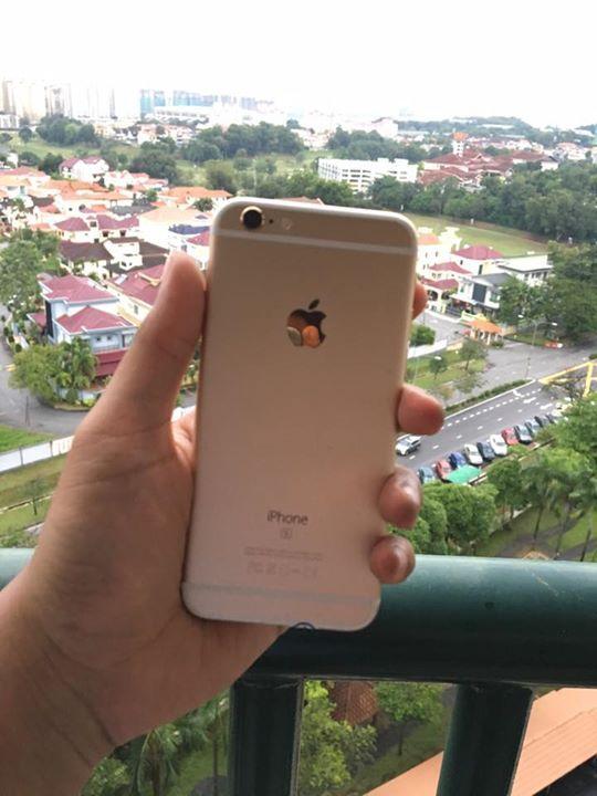 Untuk orang2 KUANTAN yang nak beli iPhone 6s 64gb gold MY set & 6S Plus 16GB Gold bole baca bawah ni, lepas 2feb cod mcm biasa dekat bukit jalil  iPhone MY(malaysia) SET DEWA DEWI  ✔️iPhone 6s 64GB GOLD MY set Condition 9/10 Jual je, tak amek trade in dan swap RM 2099  ✔️iPhone 6S Plus 16GB Gold (MY set) Check warranty dekat website APPLE sampai DECEMBER 2017 Condition 9.5/10 Jual je, tak amek trade in dan swap RM 2049  ❇️COD Kuantan 28/1-2/2(sabtu-selasa)  ❇️COD Bukit Jalil   Bole tengok FB…