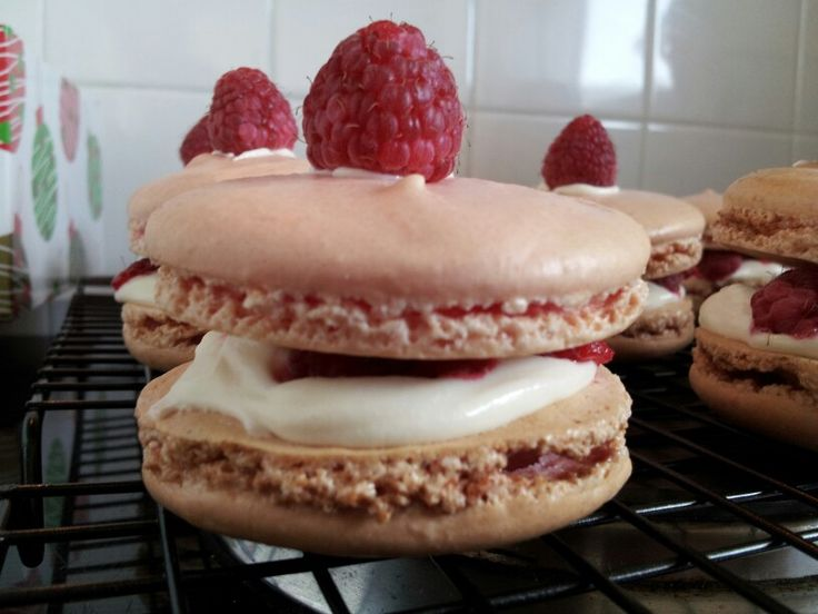 Raspberry & white chocolate macarons