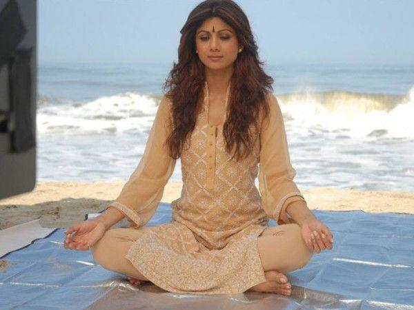 Shilpa Shetty Doing Yoga