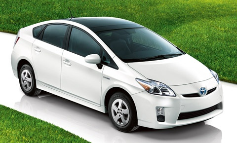 Best Gas Mileage Cars: Toyota Prius: 51 City/48 Hwy (50 Combined), Base Price: $23,050. 1.8-liter, with 4-Cylinder engine and 134 hp, 0-60 mph in 9.8 secs. The most fuel efficient car on the market is the Toyota Prius, also the most demanding car in the U.S. A small sedan, but roomy enough for 5 and it is perfect for those that drive over 100 miles a day to work. The 3rd Generation Toyota Prius model is on sale since 2009 and currently available for purchase at most Toyota dealers.