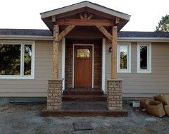 Front porch with rafters (don't like the stone bit though) #mobilehomes