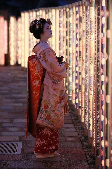 Maiko in Arashiyama, Kyoto, Japan