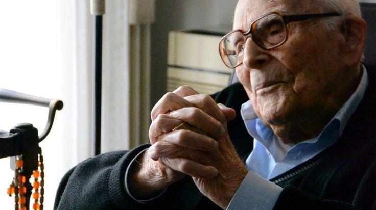 mini.press: Εμμανουήλ Κριαράς : 1906-2014, ένας σπουδαίος φιλό...