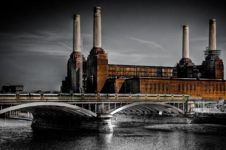 Battersea Power Station - London's Dark Princess
