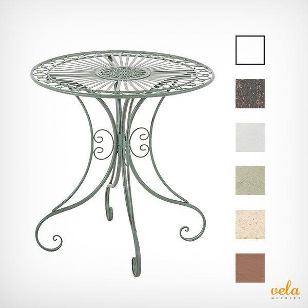 Bonita y romántica mesa de forja color verde envejecido. Muy decorativa para tu terraza o jardín
