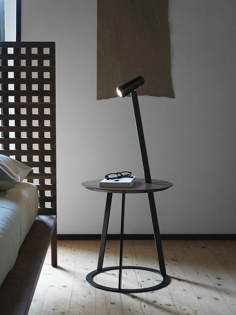 Horm Albino, coffee & side table - Design: Salvatore Indriolo, 2010 / Twine, bed - Design: Matteo Thun & Antonio Rodriguez, 2011