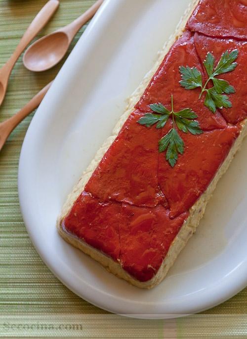 Receta de pastel de salmón y calabacín con pimientos del piquillo | Cantabria | Spain