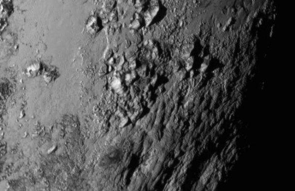 La NASA comparte la primera foto en alta definición de Plutón