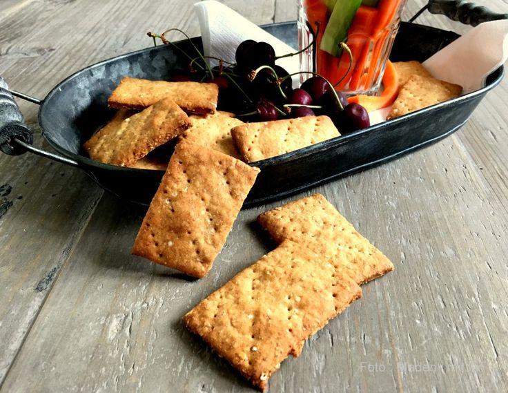 Små havrekiks – perfekte som snack og til ost…